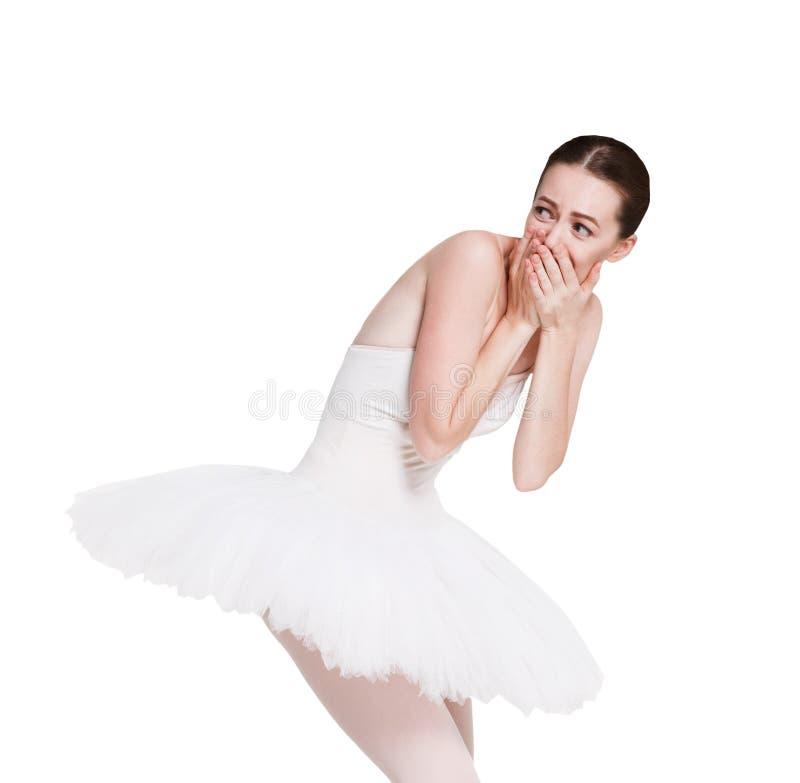 在白色背景隔绝的迷茫的笑的芭蕾舞女演员画象 库存图片