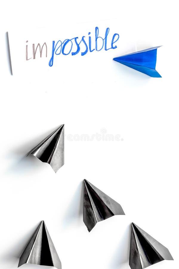 在白色背景顶视图的挑选概念文件小船 免版税图库摄影
