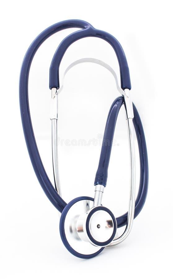 在白色被隔绝的背景的蓝色听诊器 图库摄影