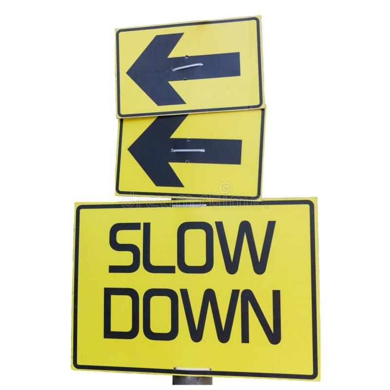 在白色隔绝的减速黄色路标 免版税库存照片
