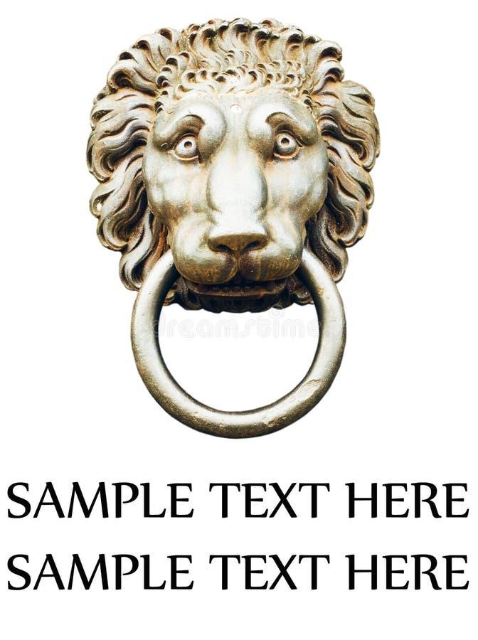 在白色隔绝的狮子的顶头通道门环 库存照片