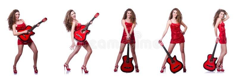 在白色隔绝的吉他演奏员妇女 图库摄影
