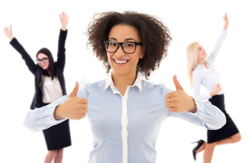 Download 在白色隔绝的愉快的快乐的女商人画象 库存照片. 图片 包括有 快乐, 破擦声, 查出, 欢呼, 幸福, 当事人 - 72366954