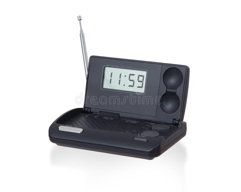 在白色隔绝的老数字式无线电闹钟 免版税库存图片