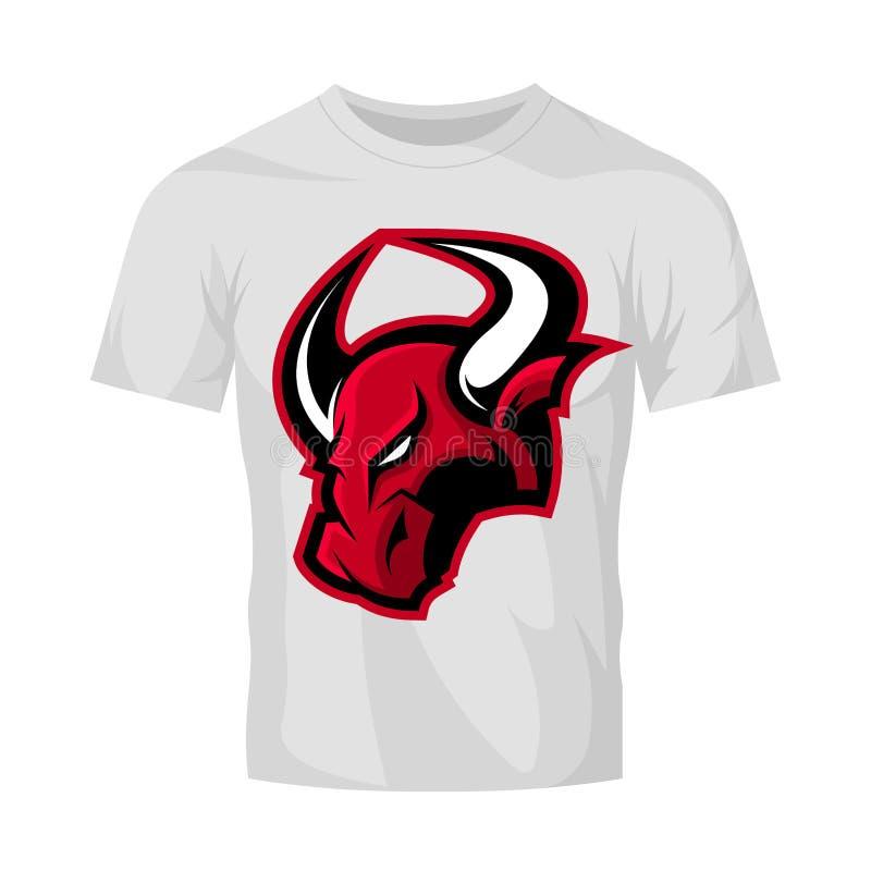 在白色T恤杉大模型隔绝的红色愤怒的公牛体育传染媒介商标概念 向量例证