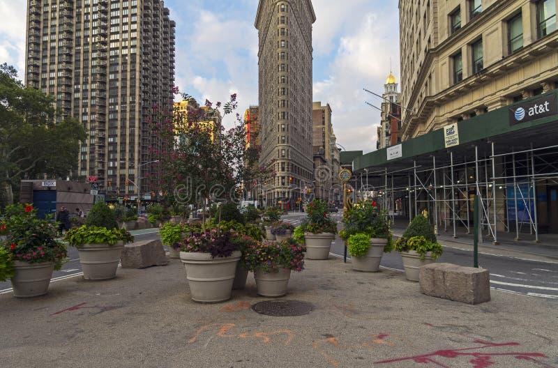 在百老汇和第五个Ave的交叉点的平的铁大厦 免版税库存照片