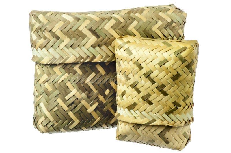 在的一个篮子被编织的天然纤维 免版税库存照片