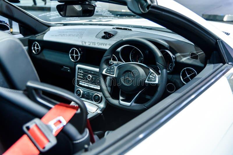 在的奔驰车SLC 43里面的图象 免版税库存图片