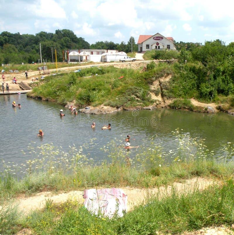 在盐湖锡比乌盐矿镇环境美化,在锡比乌Hermanstadt附近,特兰西瓦尼亚 库存照片