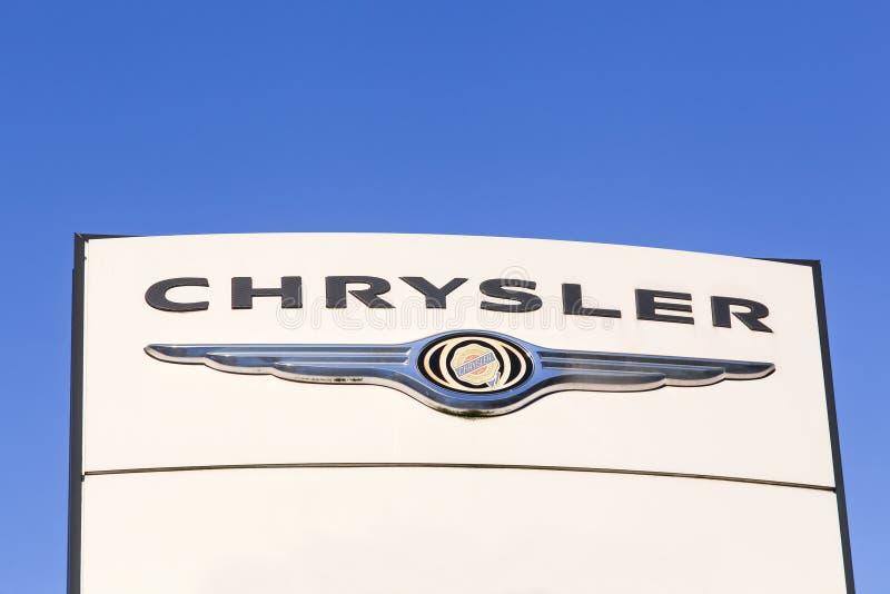 在盘区的克莱斯勒商标 库存照片