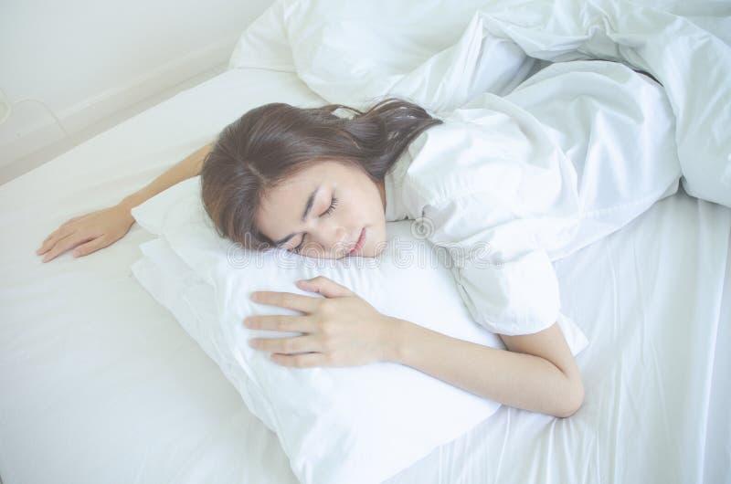 在睡眠的健康概念 免版税库存图片