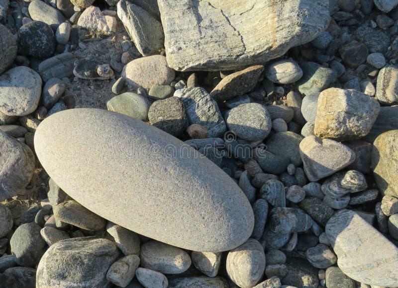 在石头中的非凡石头 免版税库存照片