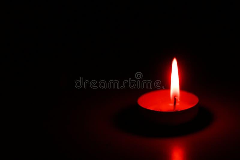 在石蜡或药片的装饰茶蜡烛 库存照片