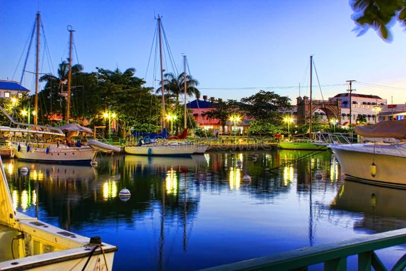 在码头的傍晚在布里季敦,巴巴多斯 免版税库存照片