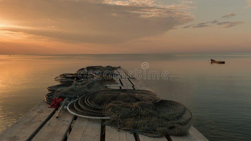 在码头的早晨沈默 库存照片