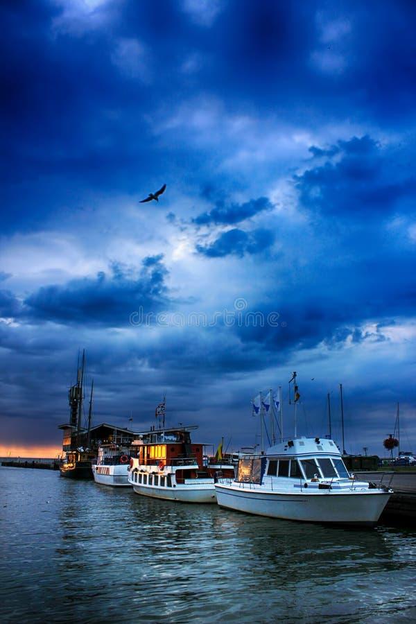 在码头的清早 免版税库存照片