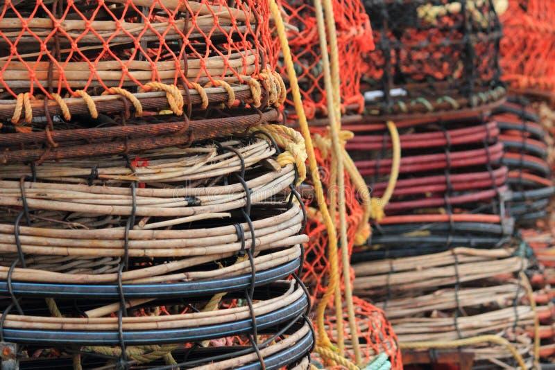在码头的螃蟹和龙虾陷井 免版税库存图片