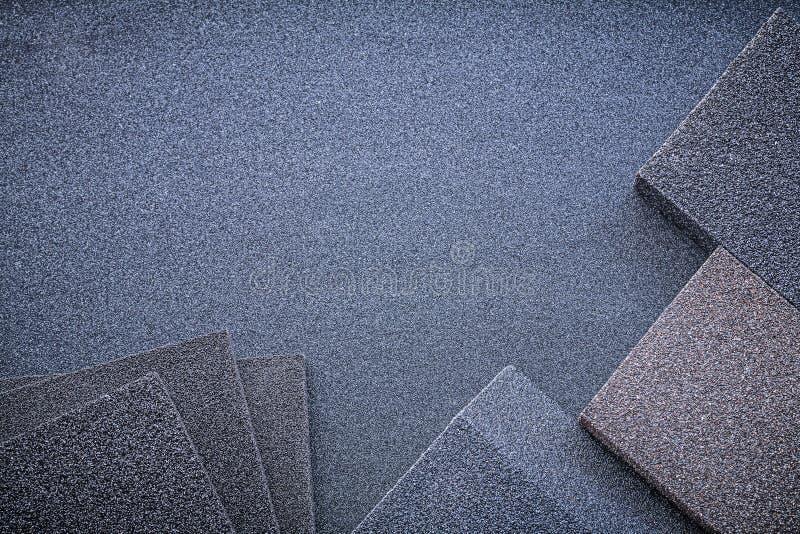 在砂纸顶视图的磨蚀海绵 库存图片