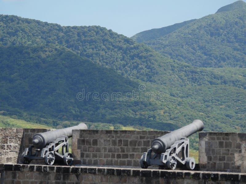 在硫磺小山堡垒国家公园的大炮,圣基茨希尔 库存图片