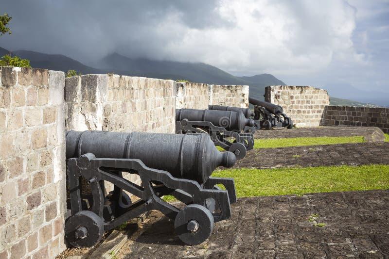 在硫磺小山堡垒的大炮圣基茨岛的 库存图片