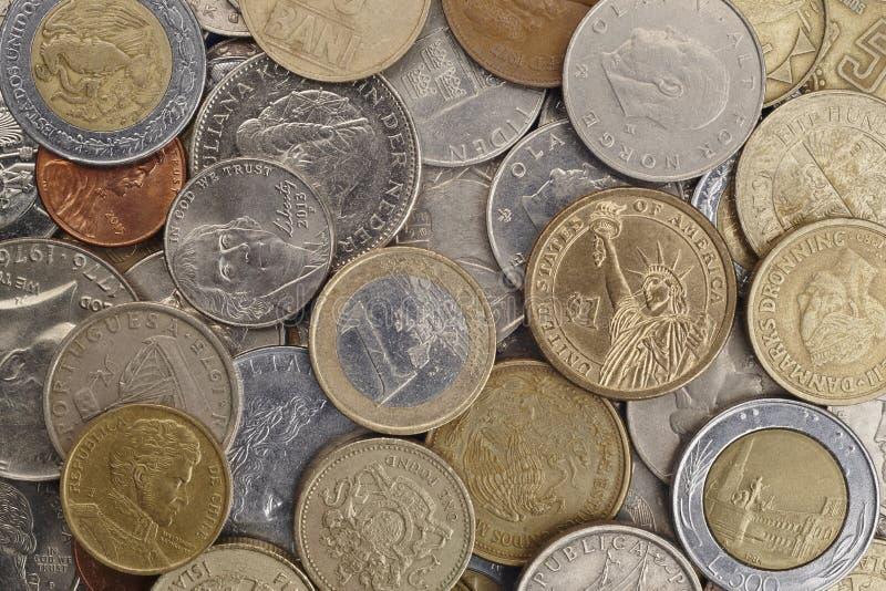 在硬币的不同的种类在白色背景 宏观细节 免版税图库摄影
