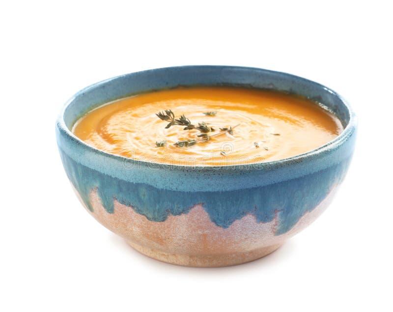 在碗的可口南瓜奶油汤 库存图片
