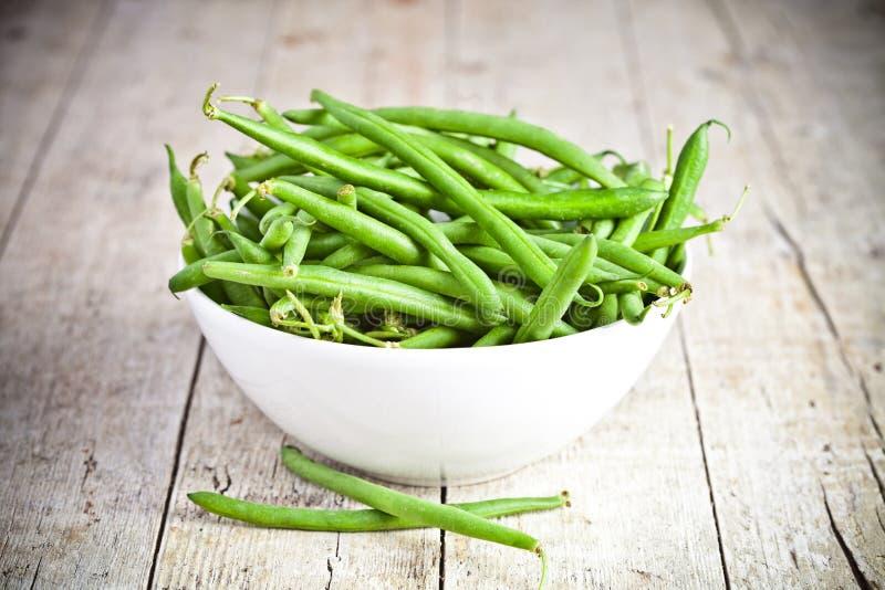 在碗的绿色菜豆 库存图片