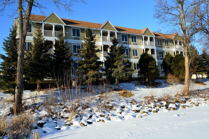 在磨房小河旅馆的冬天 库存照片