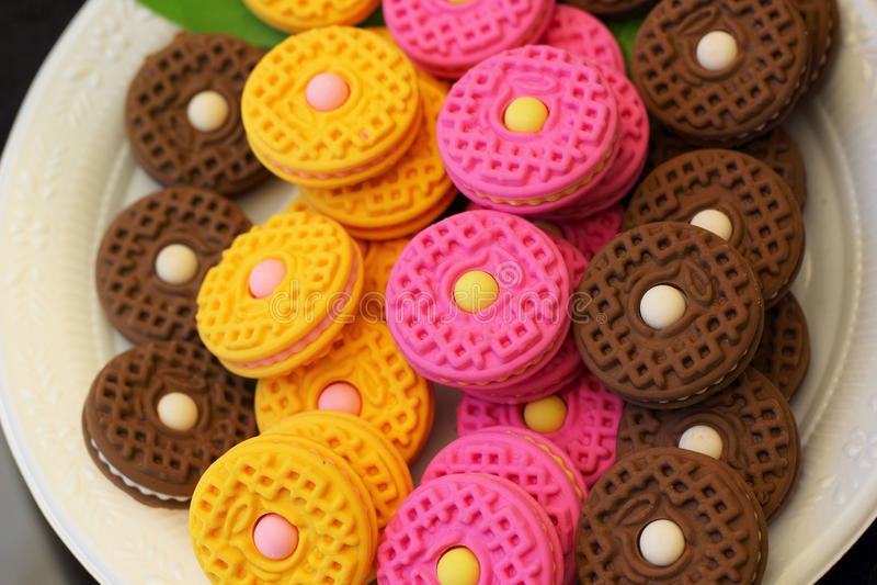 在礼品店的五颜六色的糖果 免版税库存图片