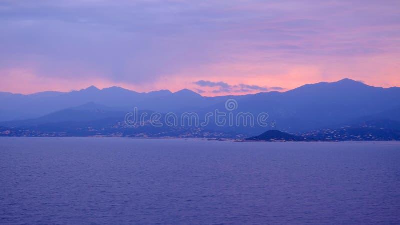 在科西嘉岛和Bonifacio海峡的看法在法国 图库摄影