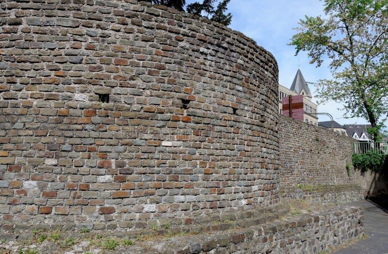 在科隆香水的罗马城市墙壁 库存图片