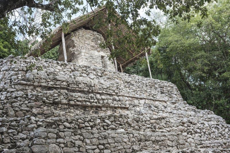 在科巴玛雅废墟的古老石结构,墨西哥 免版税图库摄影