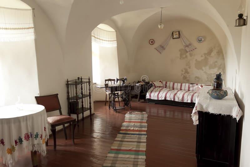 在穆卡切沃城堡Palanok博物馆的大厅里  免版税库存图片