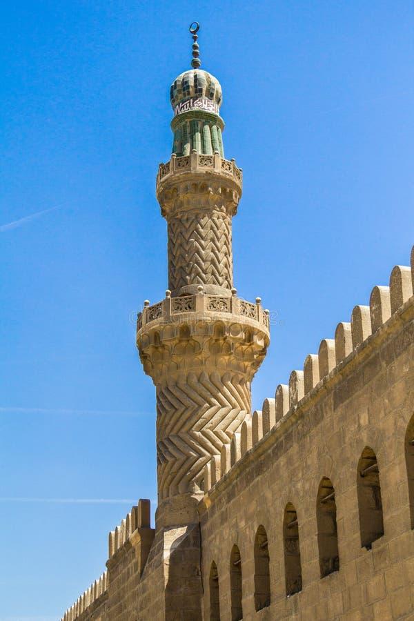 在穆罕默德附近阿里清真寺的一座老尖塔在埃及 库存照片