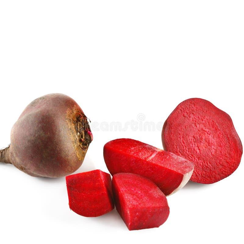 在空白背景查出的红色甜菜 免版税库存照片