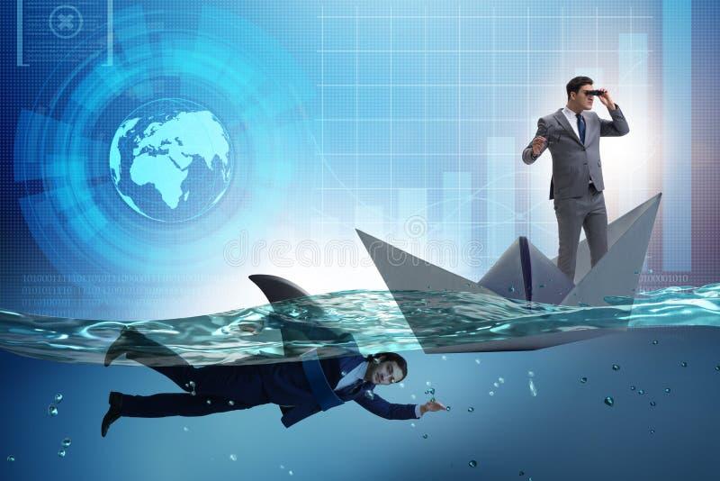在竞争概念的商人与鲨鱼 图库摄影