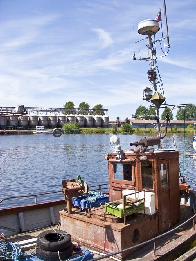 在端口的小船 库存图片