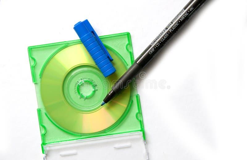 在笔附近感觉的cd 免版税库存照片