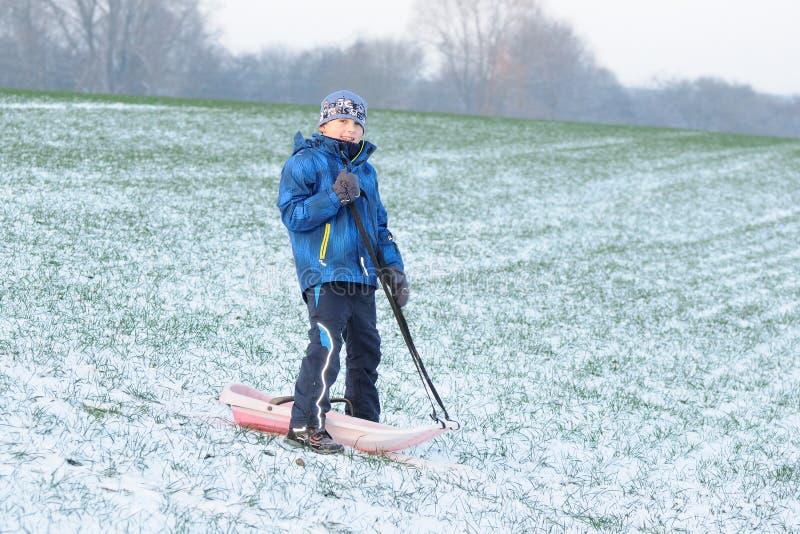 在第一雪的乐趣 库存图片