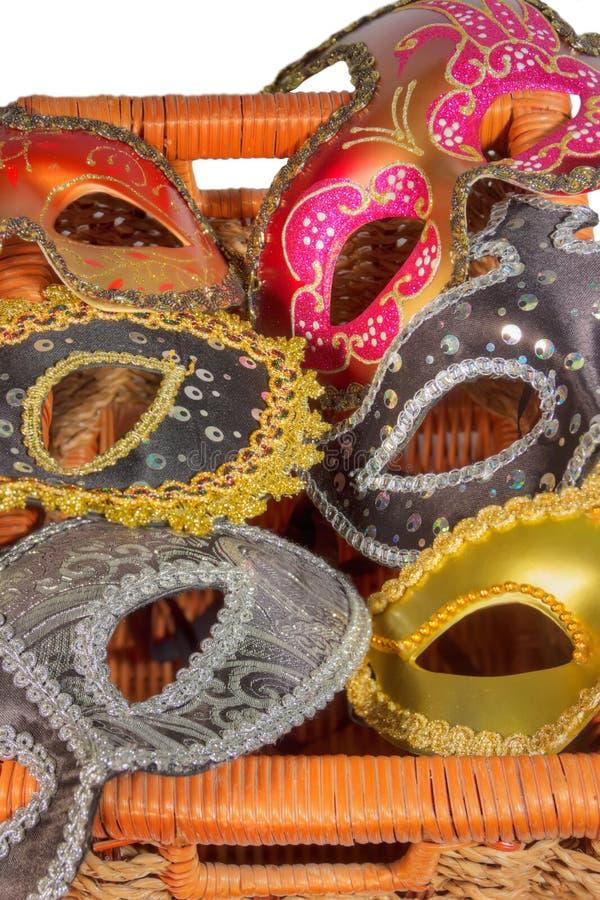 在箱子的狂欢节面具 免版税库存照片
