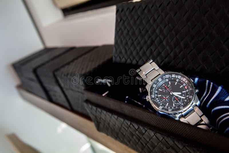 在箱子里面的手表 免版税图库摄影