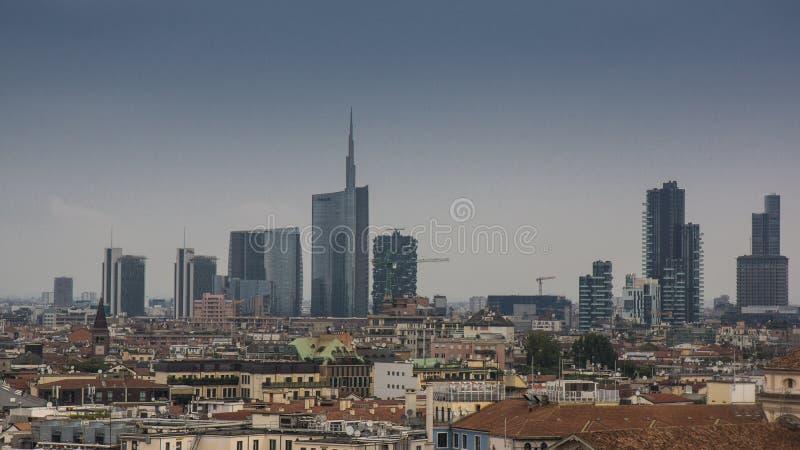 在米兰财政区的看法从圆顶的 图库摄影