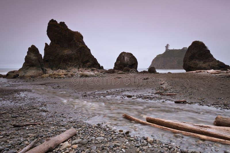 在红宝石海滩的海堆 库存照片