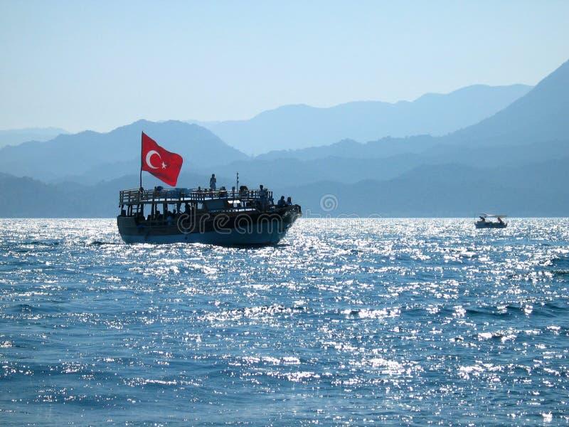 在红色土耳其水的标志 免版税库存照片