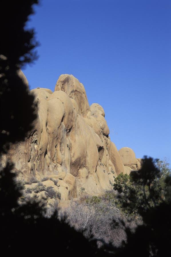 在约书亚树国家公园,加利福尼亚的岩层 库存照片