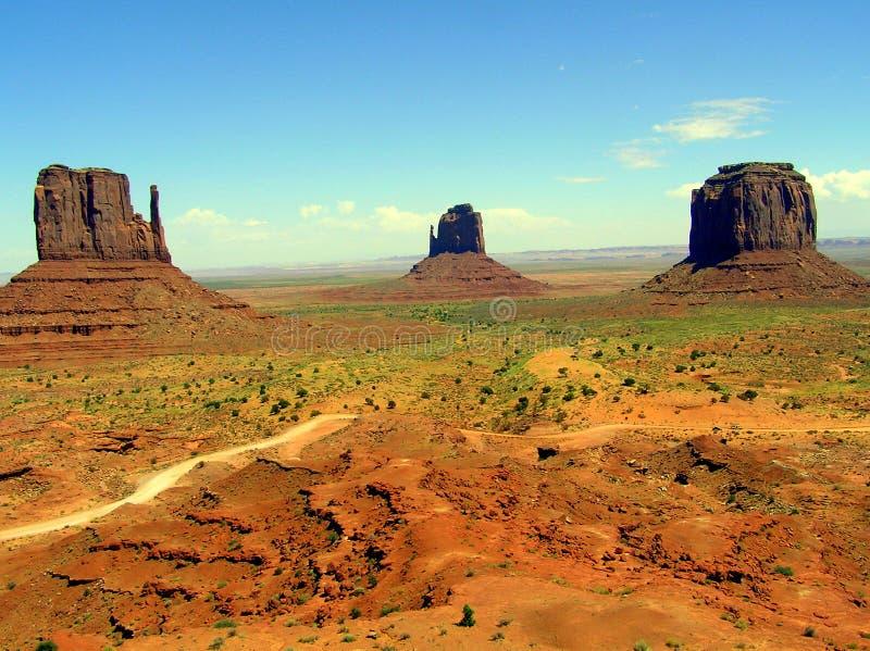 在纪念碑谷,亚利桑那,美国的小山 库存照片