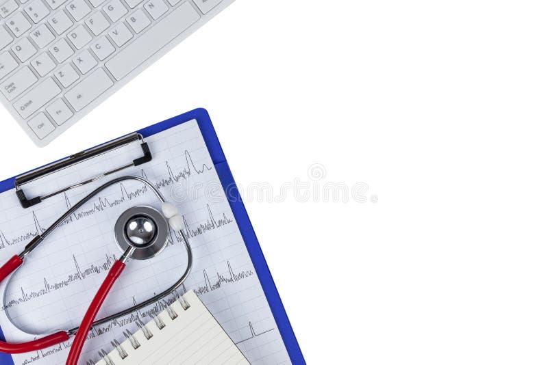 在纯净的白色背景隔绝的一张医疗图的听诊器 库存照片