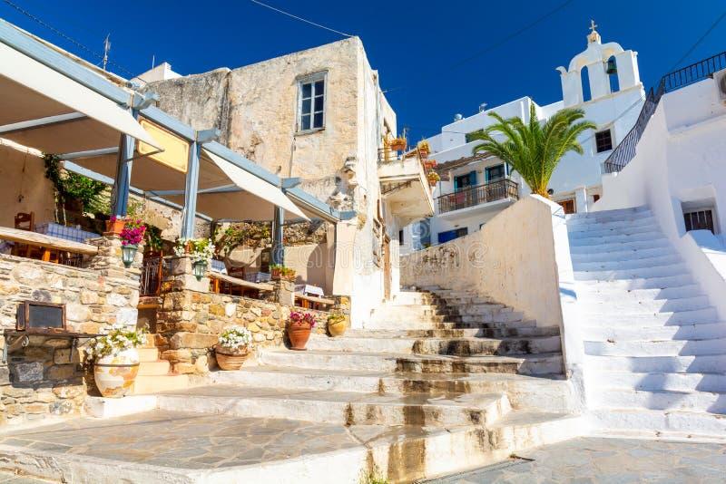 在纳克索斯岛,基克拉泽斯,希腊上的典型的希腊建筑学 库存照片