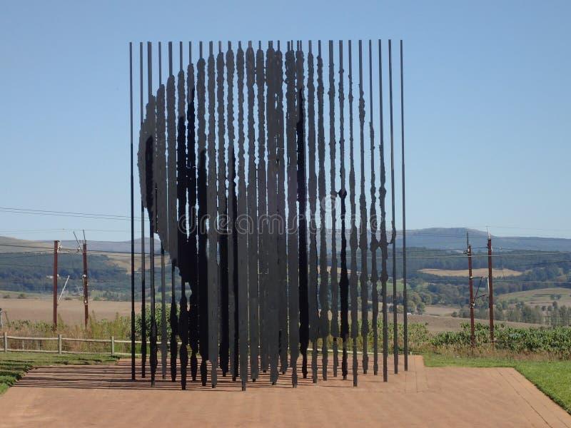 在纳尔逊・曼德拉捕获站点的雕塑,南非 免版税图库摄影