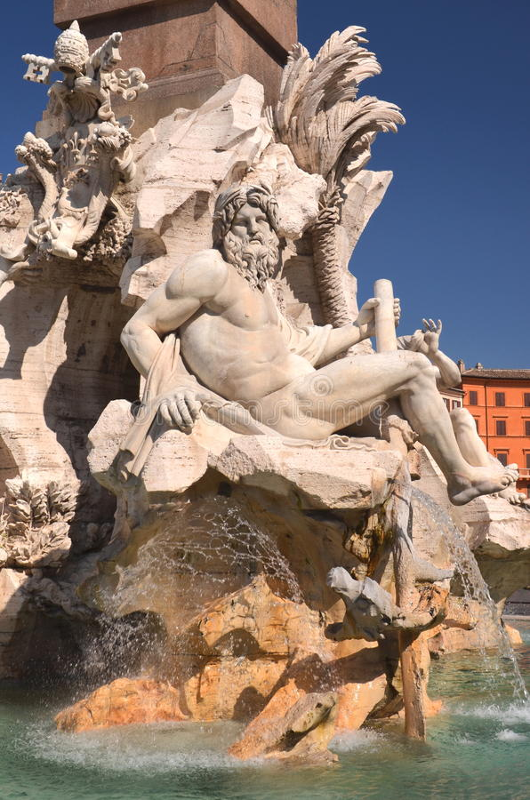 在纳沃纳广场的美丽的四条河喷泉在罗马,意大利 免版税库存图片